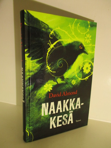 Naakkakesä, David Almond
