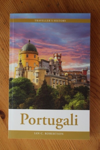Portugali - Traveller´s History (suomenkielinen), Ian C. Robertson