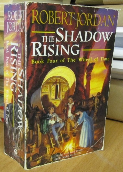 The Shadow Rising - Book Four of The Wheel of Time, Robert Jordan