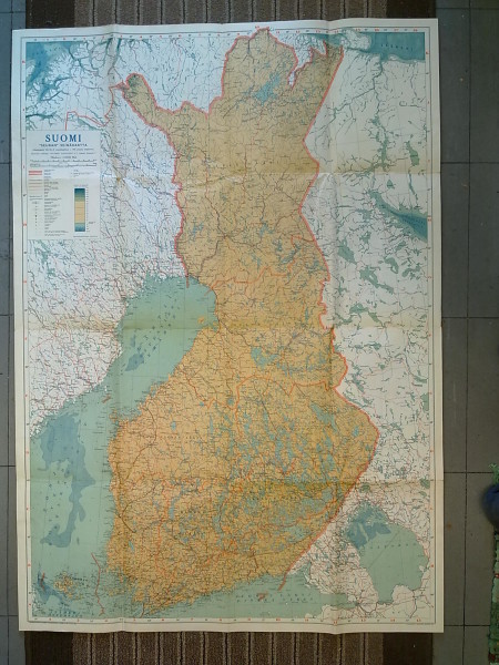 """Suomi """"Seuran"""" seinäkartta 1941. Aikakauslehti SEURAN vuositilaajilleen v. 1941 antama lahjakartta.,"""