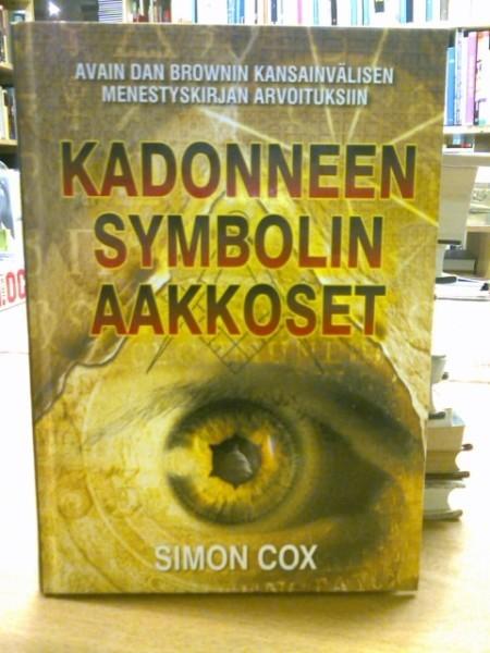 Kadonneen symbolin aakkoset, Simon Cox