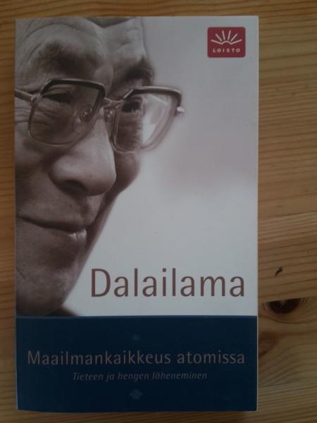 Maailmankaikkeus atomissa : tieteen ja hengen läheneminen,  Dalai Lama XIV
