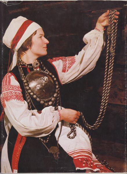 Suomalais-ugrilaista kansantaidetta, Istvan Racz
